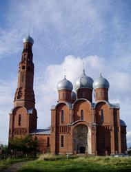 Красная церковь в Вичуге